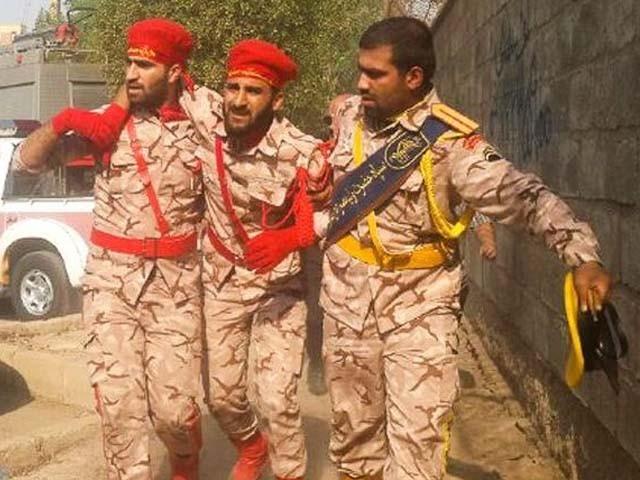 دہشت گردانہ حملے میں پاسداران انقلاب کے 2 اہلکار زخمی بھی ہوئے (فوٹو : فائل)