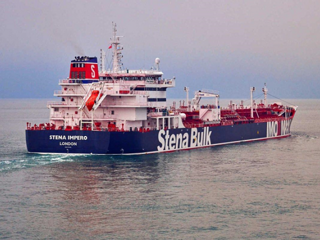 خلیج میں اگر حالات خراب ہوئے تو اس کے اثرات پاکستان پر بھی پڑیں گے (فوٹو : رائٹرز)