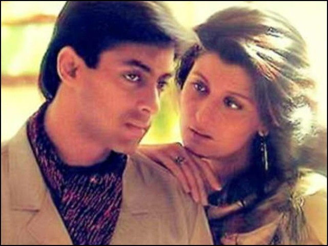سنگیتا بجلانی نے 'سلمان خان شادی تو کیا دوستی کے قابل بھی نہیں' کہہ کر شادی سے انکار کردیا۔ (فوٹو: فائل)