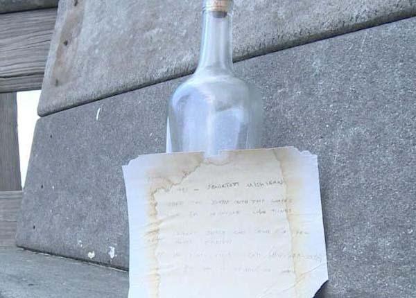 Bottle Travel wirth written note 2