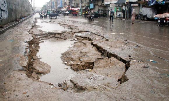 karachi Barish 2019 pic 1