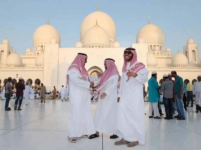 سعودی عرب میں عید کے بڑے اجتماعات مسجدالحرام اور مسجد نبوی میں ہوئے۔ فوٹو : فائل