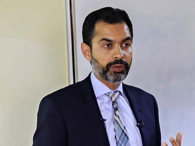 پاکستان کی اقتصادی ٹیم ملک میں معاشی استحکام لارہی ہے جس کا کم آمدنی اور متوسط طبقے کو جلد فائدہ پہنچے گا، باقر رضا (فوٹو: فائل)