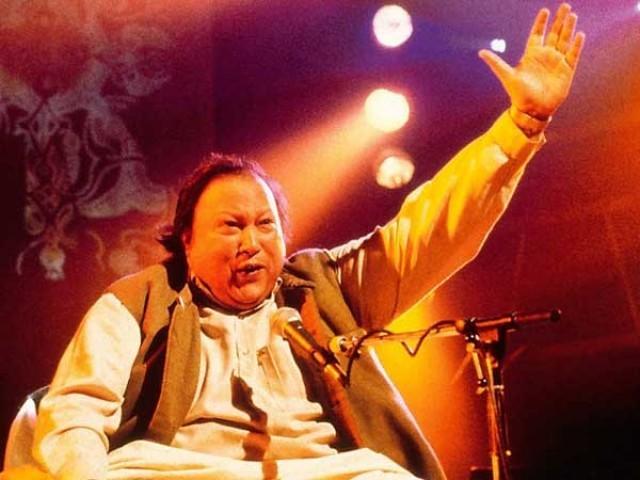 نصرت فتح علی خان قوالی اورلوک موسیقی میں اپنی پہچان آپ تھے فوٹوفائل