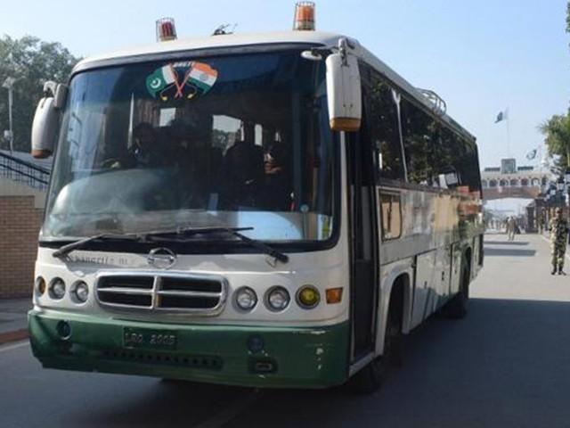 آر پار آنے جانے والے مسافر مایوس ہو گئے،منقسم کشمیر کے عوام کی تشویش میں اضافہ۔ فوٹو: فائل