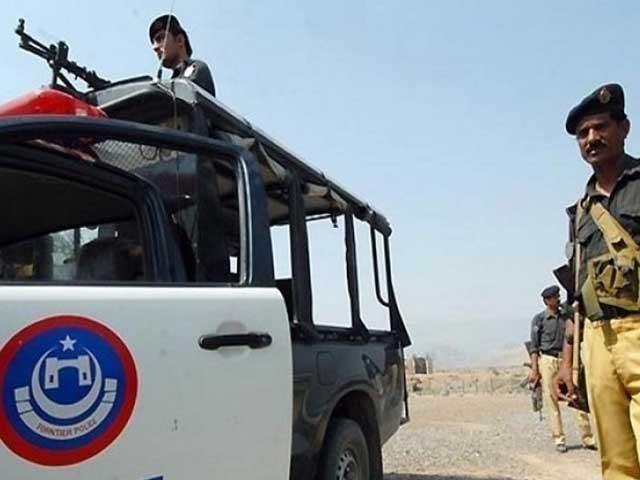 واقعے کے بعد پہاڑی راستوں پر پولیس تعینات کر دی گئی ہے فوٹو: فائل