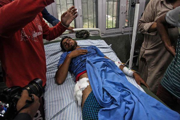 Kashmir protest in srinager 3