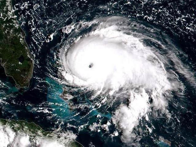 امریکی ساحلوں پر منڈلانے والے ڈوریان طوفان کو بحیرہ اوقیانوس کی تاریخ کا سب سے طاقتور ترین سمندری طوفان قرار دیا گیا ہے۔ فوٹو: نیوسائنٹسٹ