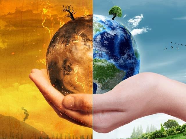 عالمی ماہرین نے کہا ہے کہ ماحولیات اور کلائمیٹ چینج پر سرمایہ کاری سے براہِ راست معاشی فوائد حاصل ہوں گے جو دوگنا سے لے کر پانچ گنا تک ہوسکتے ہیں۔ (فوٹو: فائل)