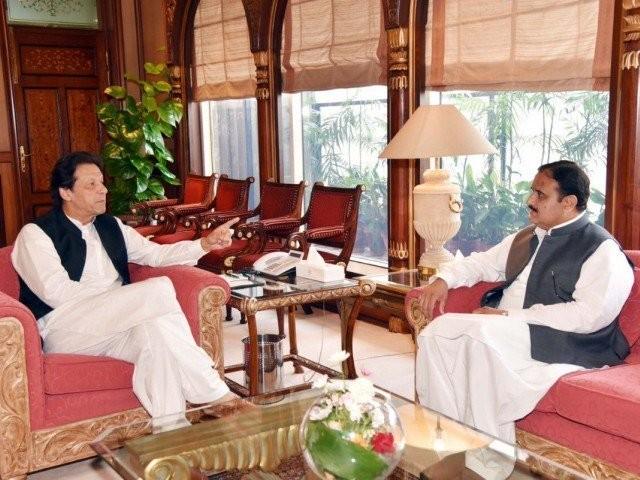 دونوں رہنماؤں نے پنجاب حکومت سے متعلق امور پر تبادلہ خیال کیا فوٹو:فائل
