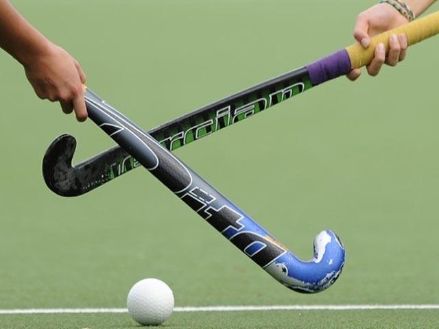اومان کی ٹیم ٹوکیو اولمپک کوالیفائنگ راونڈ کی تیاریو ں میں مصروف قومی ہاکی ٹیم کے خلاف تین  میچز لاہور میں کھیلے گی، فوٹو: فائل