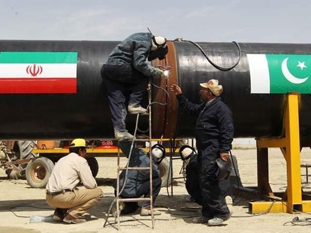 ایران اب پائپ لائن تعمیر میں تاخیر پر ثالثی عدالت میں نہیں جائے گا، سرکاری ذرائع۔ فوٹو : فائل