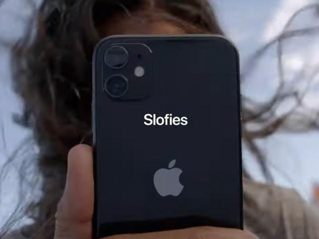 سیلفی کی یہ نئی قسم ''سلوفی'' جدید ترین موبائل فون کیمرا ٹیکنالوجی کی بدولت ہی ممکن ہوسکی ہے (فوٹو: ایپل کارپوریشن)
