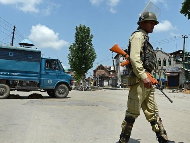 حریک آزادی کشمیر کو کمزور کرنے کیلئے کشمیریوں کو بھارت کے مختلف حصوں میںمنتقل کرنے کی سازش۔ فوٹو : فائل