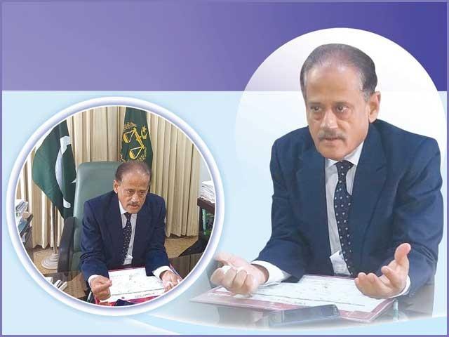 سالانہ موصول ہونے والی شکایات 250 سے بڑھ کر ڈھائی ہزار ہوگئی ہیں، وفاقی انشورنس محتسب رئیس الدین پراچہ سے گفتگو۔ فوٹو: فائل