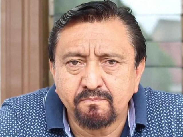 جنوبی میکسکو کے میئر کو انتخابی وعدے پورے نہ کرنے پر رسیوں سے باندھ کر سڑک پر گھسیٹا گیا ۔ فوٹو: بی بی سی