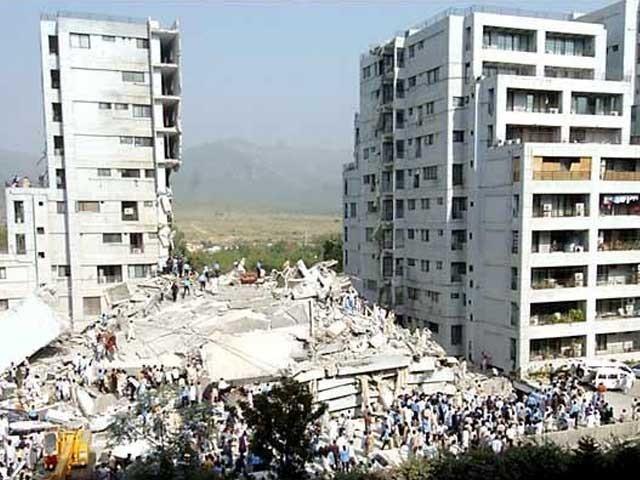 متاثرین کی بحالی اور تعمیر نو کی عظیم ذمے داریاں انجام دیتے ہوئے حکومتی اداروں کو کامیابیاں ملیں اور تنقید کا بھی سامنا کرنا پڑا ۔۔۔ خصوصی رپورٹ