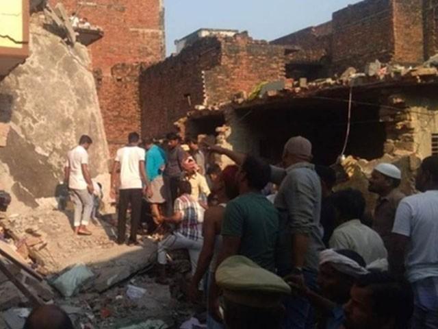 دھماکے میں 6 افراد زخمی بھی ہوئے جن میں سے 2 بری طرح جھلس گئے۔ فوٹو : بھارتی میڈیا