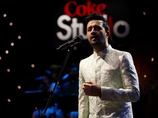 پاکستان نے دنیا کو عظیم گلوکار دیئے ہیں، بھارتی صارف فوٹوفائل