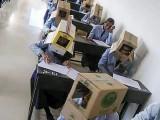 کالج انتظامیہ نے اپنے عمل پر معافی مانگ لی۔ فوٹو : بھارتی میڈیا