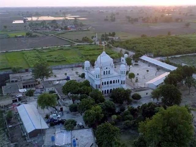 بھارت نے 20ڈالرز فی یاتری سروس فیس کی وصولی کے پاکستان کے فیصلہ کو تسلیم کرلیا، سفارتی ذرائع۔ فوٹو:فائل