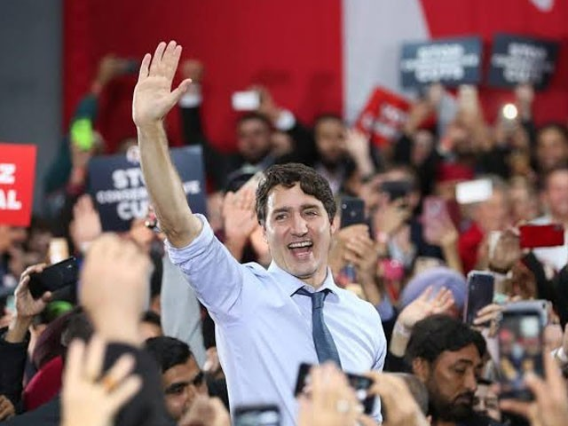 لبرل پارٹی نے 338 نشستوں میں 156 پر فتح حاصل کی جب کہ مخالف جماعت نے 121 نشستیں حاصل کیں۔ فوٹو : اے ایف پی