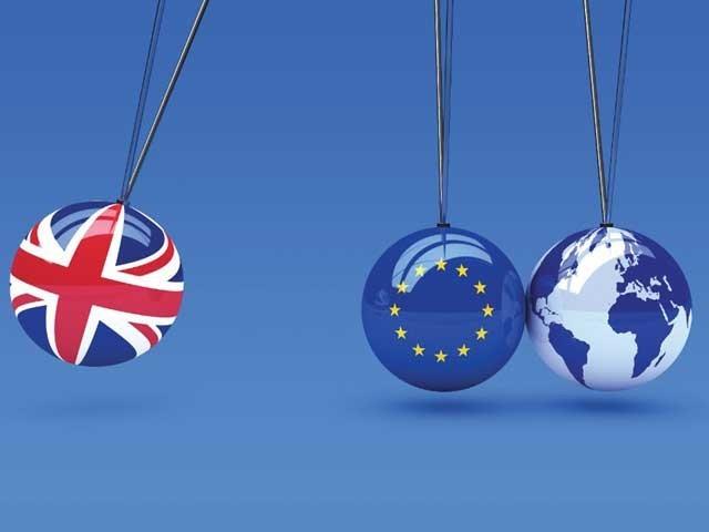 تین برسوں سے برطانوی حکومت کے یورپی یونین سے علیحدگی یعنی ''بریگزٹ'' دردِسر بنا ہوا ہے