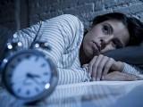 خواتین میں نیند کی کمی ان کی ہڈیوں کو نرم بنا کر گٹھیا کے مرض کی وجہ بن سکتی ہیں۔ فوٹو: فائل
