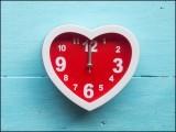 فاقے کو معمول بنانے سے دل کا دورہ پڑنے اور دھڑکن اچانک بند ہونے کے امکانات بھی کم رہ جاتے ہیں۔ (فوٹو: انٹرنیٹ)