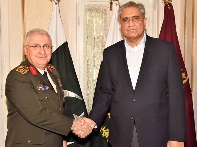 خطے میں قیام امن کے لیے پاک فوج کا کردار قابل تعریف ہے، ترک کمانڈر جنرل یاسر گلر (فوٹو: آئی ایس پی آر)