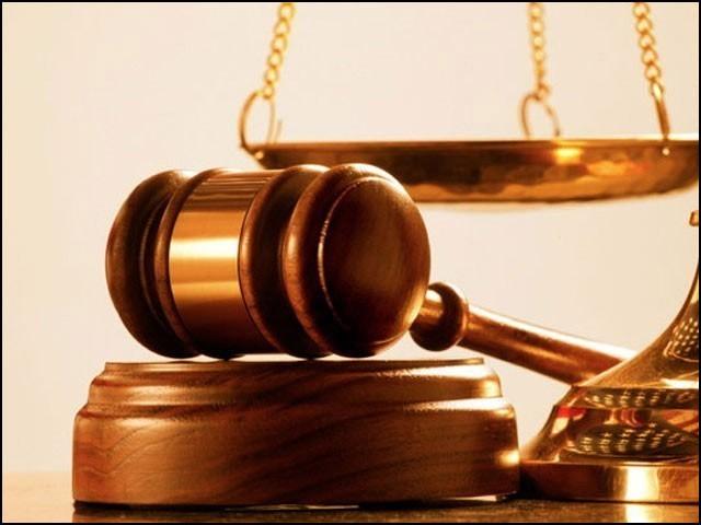 ایسے اقدامات کیے جائیں جن کی بدولت انصاف برائے فروخت کا تاثر ختم ہوسکے۔ (فوٹو: انٹرنیٹ)