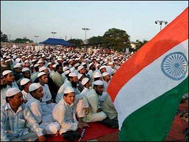 ہندوستان میں رہنے والے مسلمان خود اپنے بارے میں بہتر جانتے اور سمجھتے ہیں۔ (فوٹو: انٹرنیٹ)