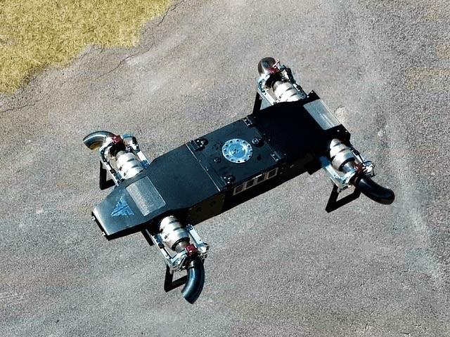 امریکی کمپنی فیوژن فلائٹ نے دنیا کا پہلا جیٹ انجن ڈرون بنایا ہے جو 480 کلومیٹر کی رفتار سے 18 کلوگرام سامان لے جاسکتا ہے (فوٹو: فیوژن فلائٹ)