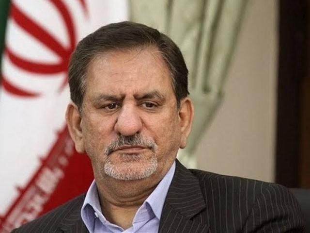 امریکا نے ایران سے تیل خریدنے والے ممالک پر بھی تجارتی پابندیوں کا اعلان کیا تھا۔ فوٹو: فائل