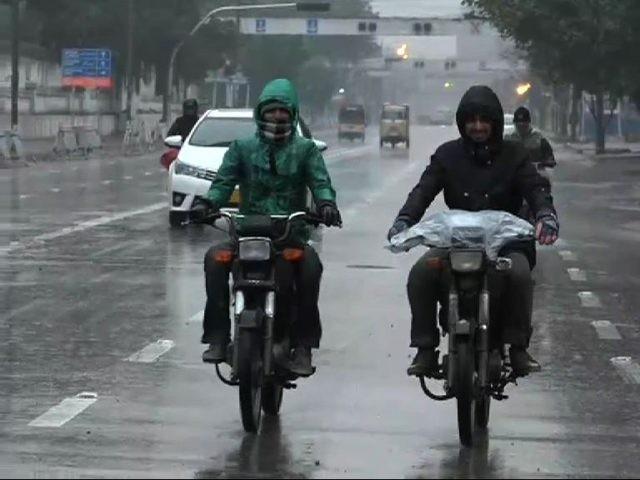 شہرمیں ہوا 20 کلو میٹر کی رفتار سے چل رہی ہے، محکمہ موسمیات۔ فوٹو : فائل