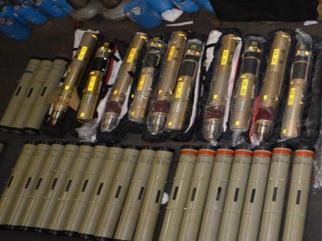 یہ میزائل یمن میں حوثی باغیوں کے لیے بھیجے جا رہے تھے۔ فوٹو : ٹویٹر
