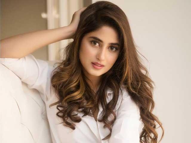 گلف نیوز کے مطابق سجل علی رواں سال کی سب سے زیادہ معاوضہ لینے والی اداکارہ ہیں۔ فوٹوانسٹاگرام