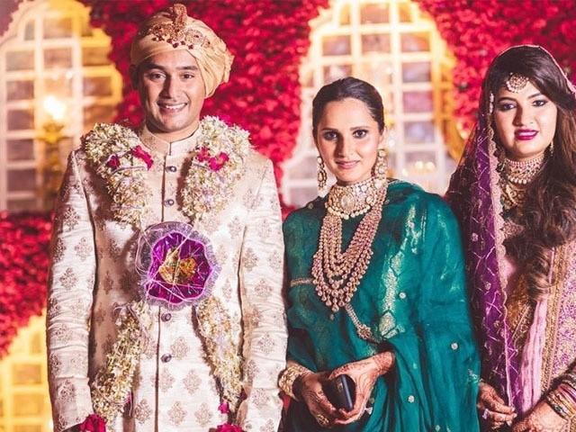 انعم مرزا کی یہ دوسری شادی ہے اس سے قبل نومبر 2016 میں اکبر رشید سے ان کی پہلی شادی 2 سال ہی چل سکی تھی  فوٹوانٹرنیٹ