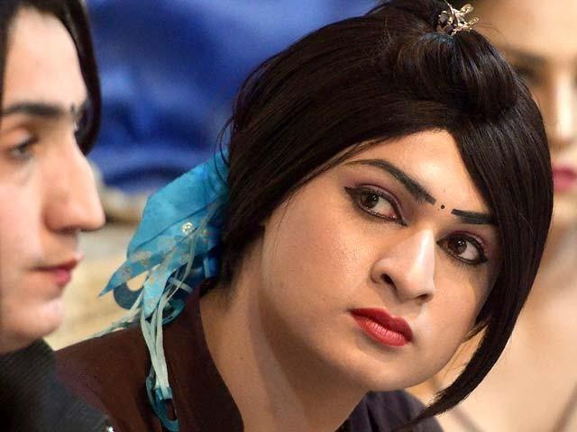 خواجہ سرا کسی بھی کمپنی میں ڈائریکٹر یا شئیر ہولڈر بن سکتے ہیں۔ فوٹو:فائل
