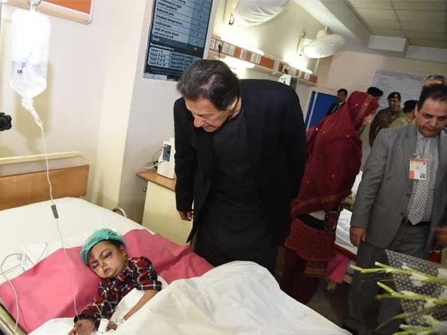 عمران خان کی برفانی طوفان سے متاثرہ افراد کو ہر ممکن مدد فراہم کرنے کی ہدایت
