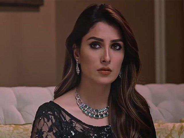 عائزہ خان نے ڈرامہ 'میرے پاس تم ہو' میں مہوش کا کردار بے حد خوبصورتی سے نبھایا ہے، فوٹو : فائل