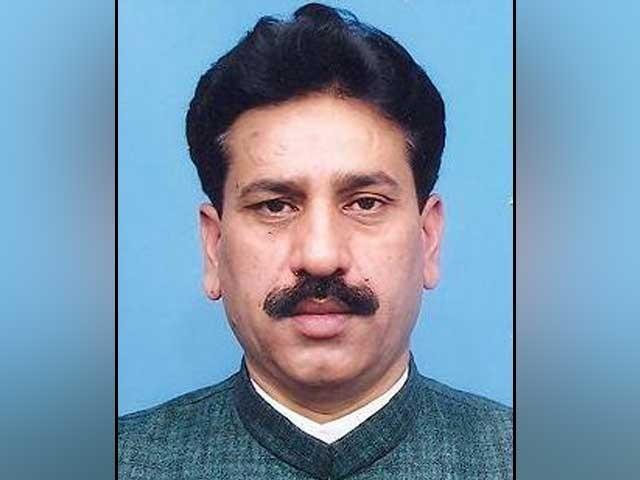 نثار پنہور 2008 میں ایم کیو ایم کی ٹکٹ پر رُکنِ اسمبلی منتخب ہوئے تھے فوٹو: فائل