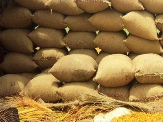 سندھ کابینہ نے کمیٹی بھی قائم کردی جو گندم کی سپورٹ پرائس اور خریداری کا طریقہ کار کا تعین کرے گی ۔ فوٹو : فائل
