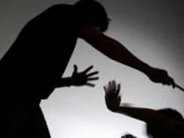 والدین نے چوری کے شبہ میں بچوں کو تشدد کا نشانہ بناکر گنجا کردیا تھا