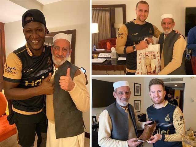 غیر ملکی کرکٹرز کی جانب سے پشاوری چپل کو بے حد پسند کیا گیا ۔ فوٹو : ایکسپریس