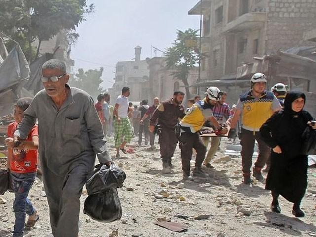 فضائی بمباری میں 9 بچے اور 3 طلبا جاں بحق ہوئے، فوٹو : فائل