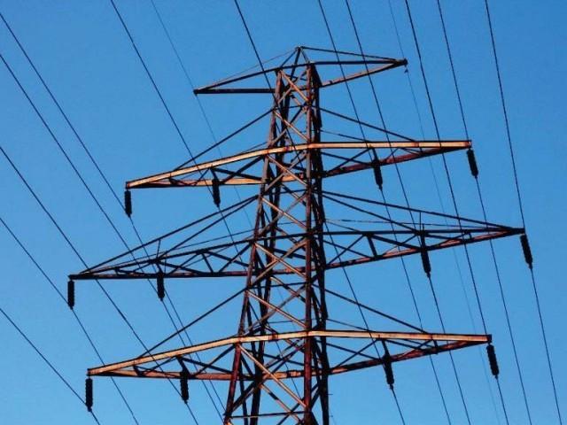نئے گرڈ اسٹیشن کے ایک فیڈرسے لاکھوں کے عوض بجلی چوری کرانے کا منصوبہ تیار،ذرائع ۔  فوٹو : فائل