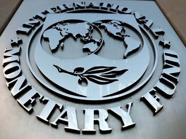 آئی ایم ایف اور پاکستان کے درمیان دوسرے اقتصادی جائزے پر اسٹاف سطح پر معاہد ہ طے پا گیا ہے۔ فوٹو: فائل