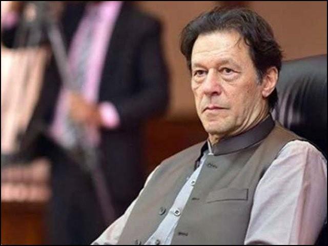 عمران خان کہا کرتے تھے کرپشن کے ذمے دارحکمران ہوتے ہیں۔ اور اب تو وہ خود حکمران ہیں۔ (فوٹو: انٹرنیٹ)