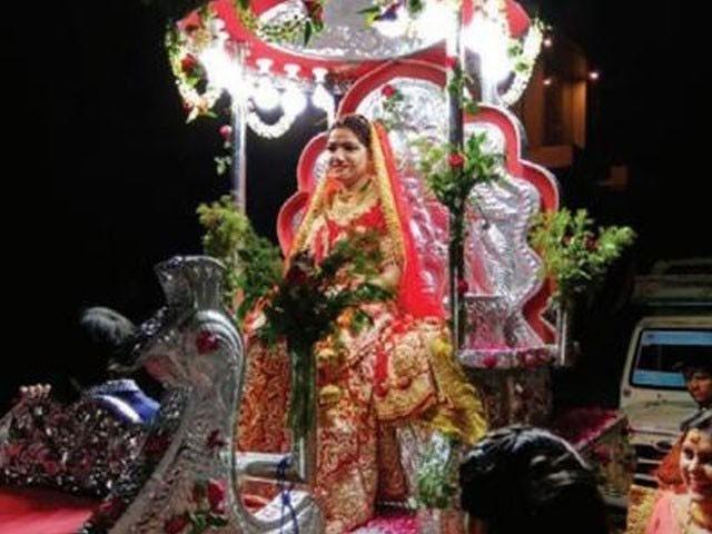 25 سالہ جیا شرما نے جہیز بھی دینے سے انکار کردیا تھا، فوٹو : بھارتی میڈیا